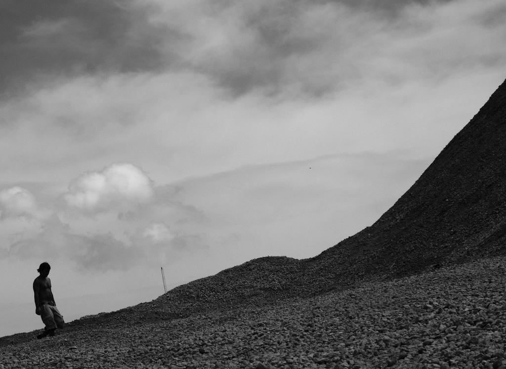 Tough Climb by Greg Hayter (CC BY-NC 2.0)