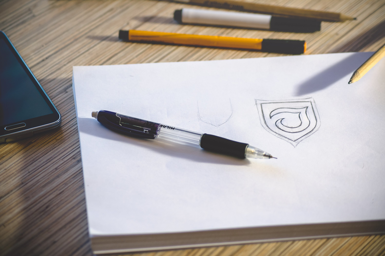 Logo Design (via pixabay.com)